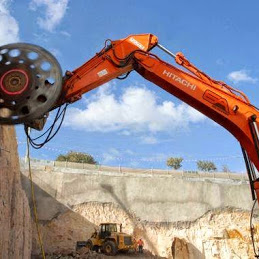 excavator rock saw