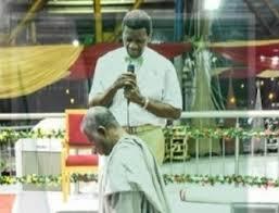 jonathan kneeling down for pastors6