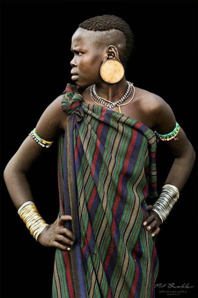 mursi girl from ethiopia