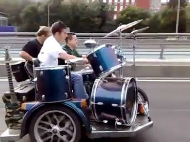stunt musicians