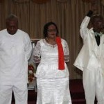president mahama praying1