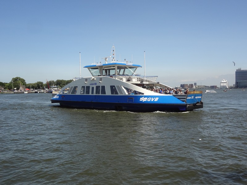 free passenger boat in amsterdam