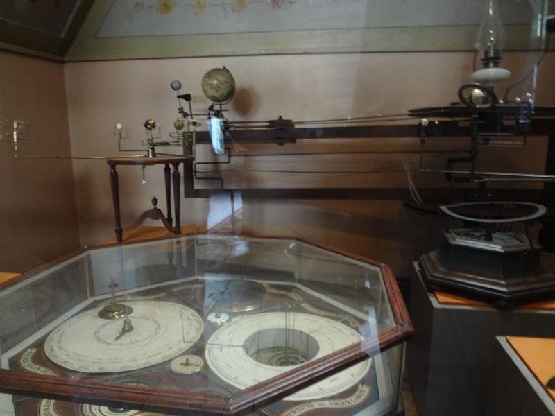 Eise Eisinga Planetarium picture
