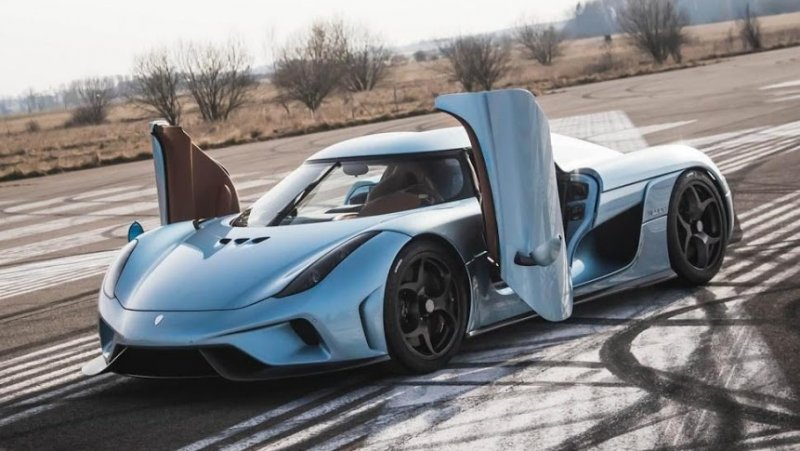 """Take the Regera (pictured), a 1,500-horsepower hybrid 'megacar' that costs a whopping $2.34 million. Not only does it look stunning, Koenigsegg calls it """"the fastest accelerating, most powerful"""