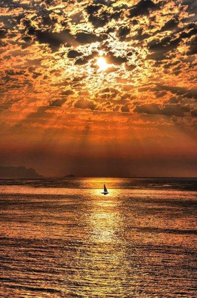 cielos-y-mas-14-Sailing under the Sun