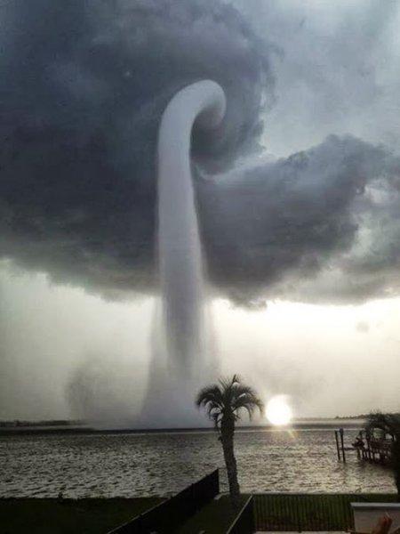 waterspout_mole_640