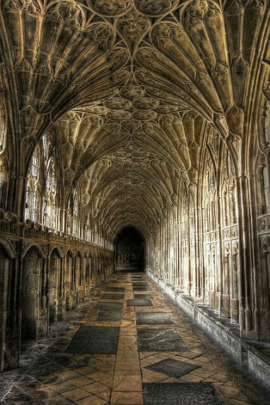 Gloucester Cathedral, England ...