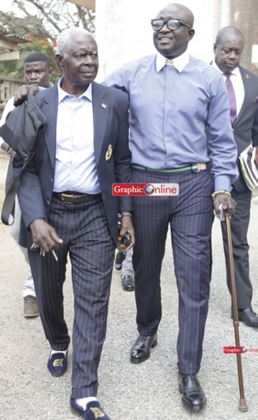 kkd and father in court