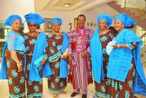 sunny ade with his wives